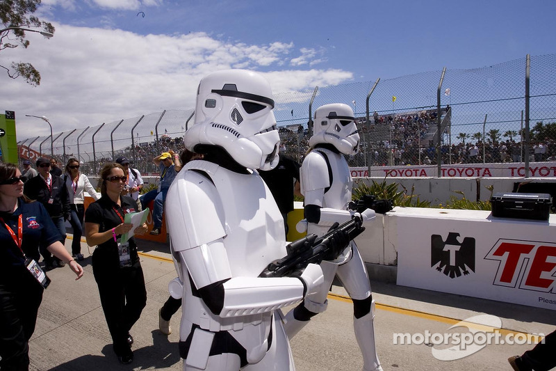 (IndyCar) Stormtroopers na Indy