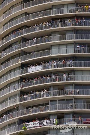 Fans dans la tour