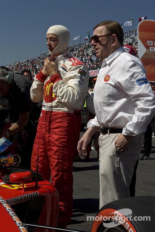 Sébastien Bourdais se prepara para su última carrera de Champ Car con Carl Haas