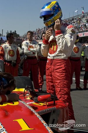 Sébastien Bourdais gets ready for his last Champ Car race