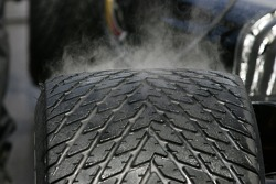Steam on a rain tire
