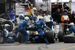 Pitstop practice for Tristan Gommendy