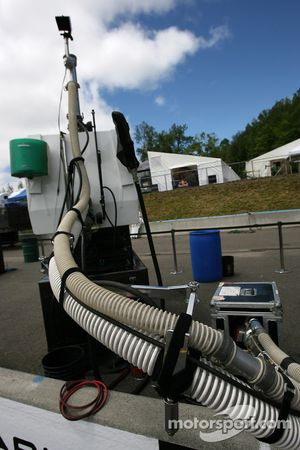 Refuel equipment