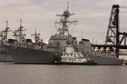 USS Howard Destroyer arriving in Portland