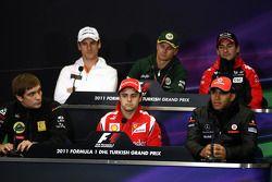 Vitaly Petrov, Lotus Renault GP, Adrian Sutil, Force India F1 Team, Felipe Massa, Scuderia Ferrari,