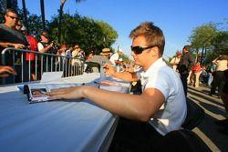 Autograph session: Dan Wheldon
