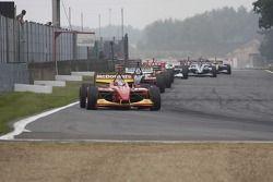 Start: Sébastien Bourdais aan de leiding