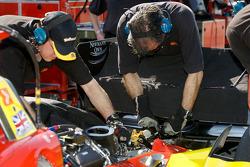 Newman Haas Lanigan Racing team members at work