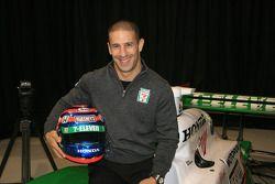 Tony Kanaan in the No. 11 Team 7-Eleven Dallara Honda Firestone that he will drive in the 2006 seaso