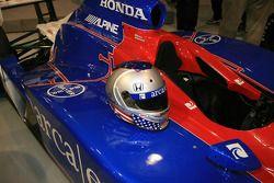 Marco Andretti's helmet, nearly a mirror image of his father's, on the ArcaEx Dallara Honda Fireston
