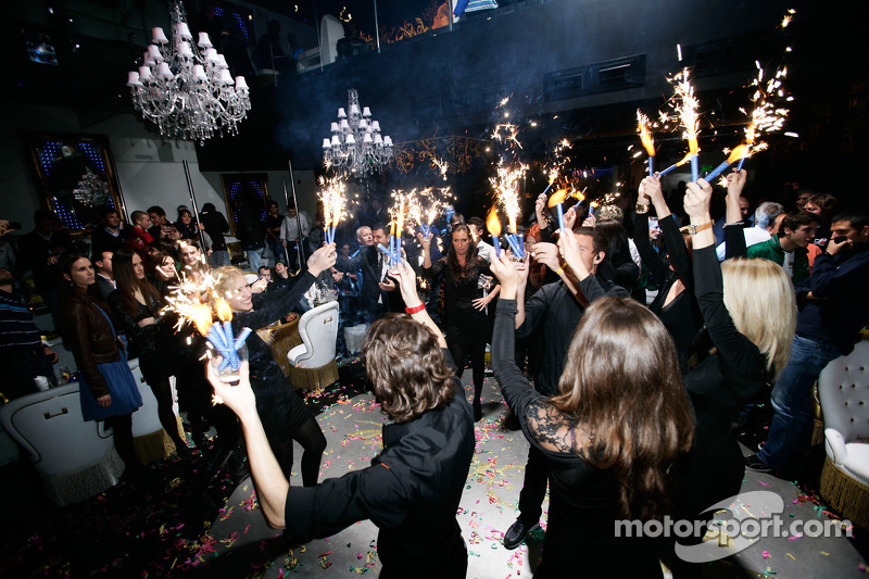 Gp2 Launch Party Billionaire Istanbul Ies On The Dance Floor
