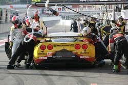 Pitstop #50 Larbre Competition Chevrolet Corvette C6 ZR1: Patrick Bornhauser, Julien Canal, Gabriele