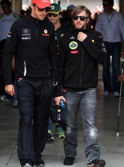 Jenson Button, McLaren Mercedes, Nick Heidfeld, Lotus Renault GP