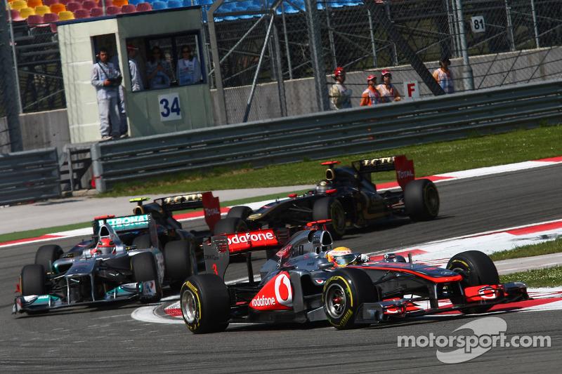 Lewis Hamilton, McLaren Mercedes ve Michael Schumacher, Mercedes GP F1 Team