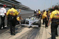 Tomas Scheckter's crew celebrate his lap over 227