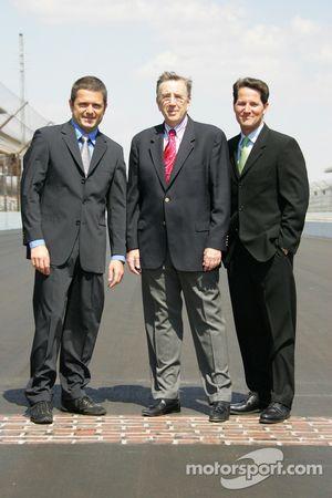 Gil de Ferran, left, Brent Musburger, center, and Todd Harris