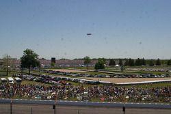 Pre-race crowds
