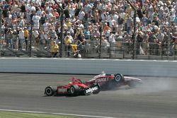 Crash de Scott Dixon