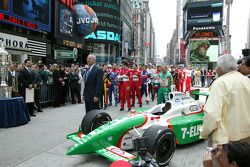 Colin Powell and the field for the 89th Indianapolis 500