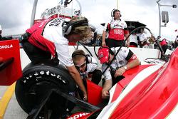 Andretti Green crew members