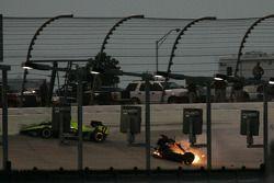 Crash between Vitor Meira and Alex Barron
