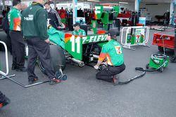 Warming up Tony Kanaan's engine