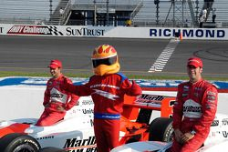 Front row: pole winner Sam Hornish Jr. with Helio Castroneves