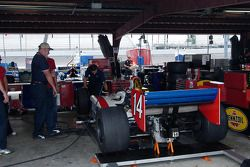 Foyt's Dallara gets its pre-race once-over