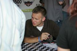 Autograph session: Ed Carpenter