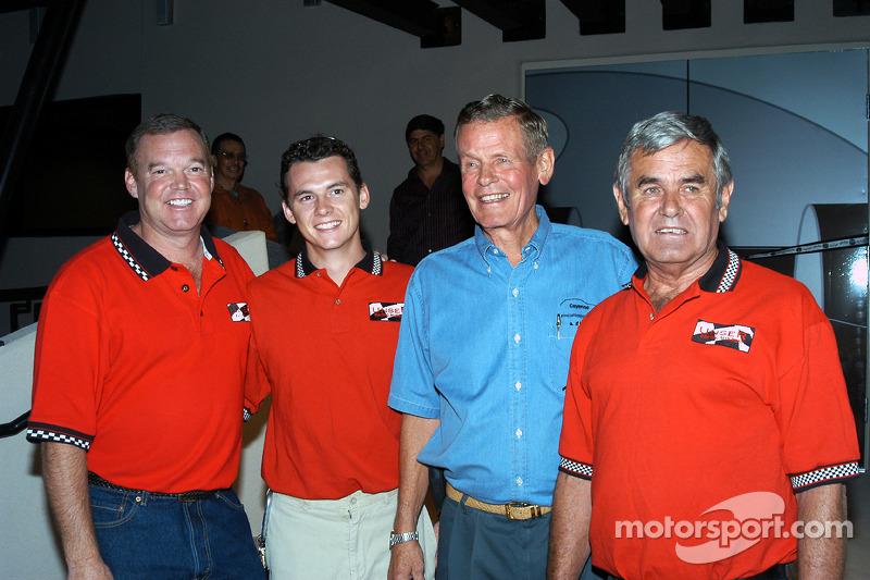 Al Unser, Jr., Al Unser III, Bobby Unser e Al Unser, Sr.