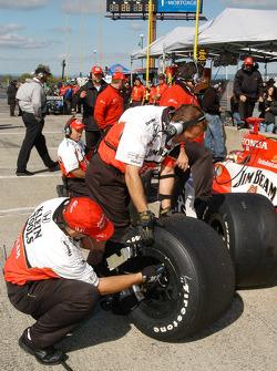 Tire pressure checking