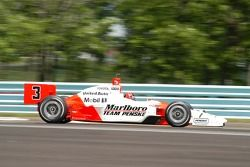 Helio Castroneves in turn 9