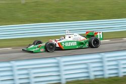 Tony Kanaan in turn 7
