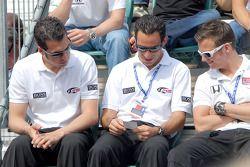 Sam Hornish Jr., Helio Castroneves et Dan Wheldon