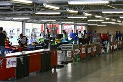 Un garage à Kansas Speedway