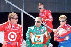Scott Dixon, Tony Kanaan, Dan Wheldon et Marco Andretti