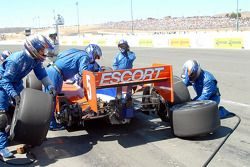 Pitstop for Ryan Briscoe