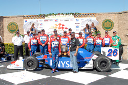 Victory Lane: Marco and Michael Andretti with #27 team and Kim Green