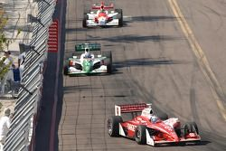 Scott Dixon leads Tony Kanaan