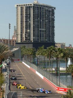 Marco Andretti leads Vitor Meira