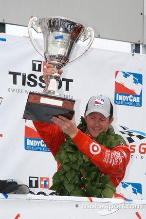 Scott Dixon victorious