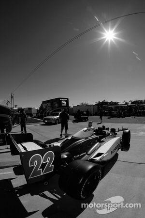 Voiture Vision Racing hors du contrôle technique