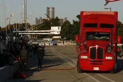 Ravitailler le camion sur la voie des stands