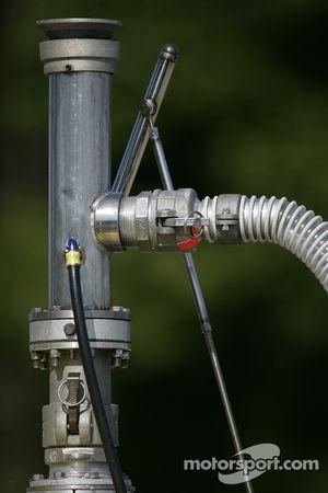 Refuel equipment detail