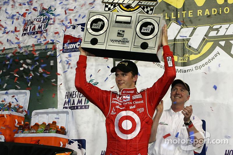 2007: Dan Wheldon gewinnt erneut den Saisonauftakt
