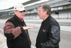 Al Unser Jr. et Johnny Rutherford