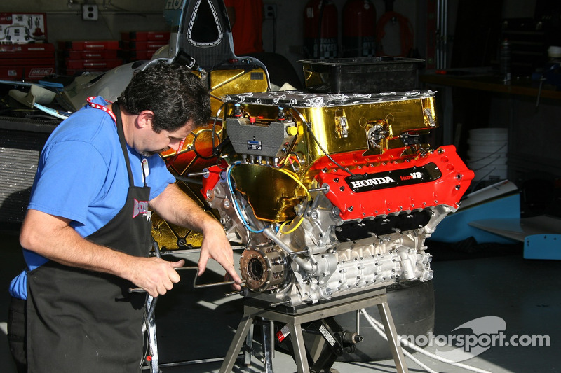 Honda Indy V8 powerplant at Indy 500 High-Res Professional