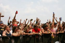 Fans during the Kid Rock concert
