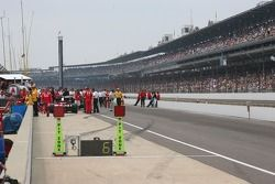 Pit lane before the race