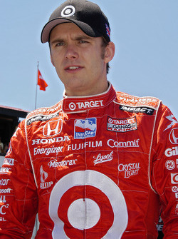 Dan Wheldon heads to the car